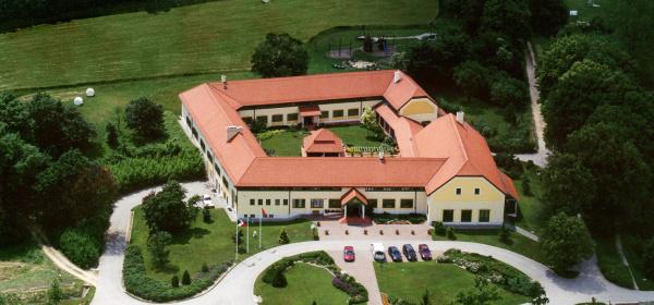 Hotel Szépalma Porva-Szépalmapuszta