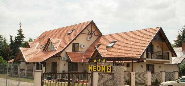 Neon 2 Panzió Orosháza